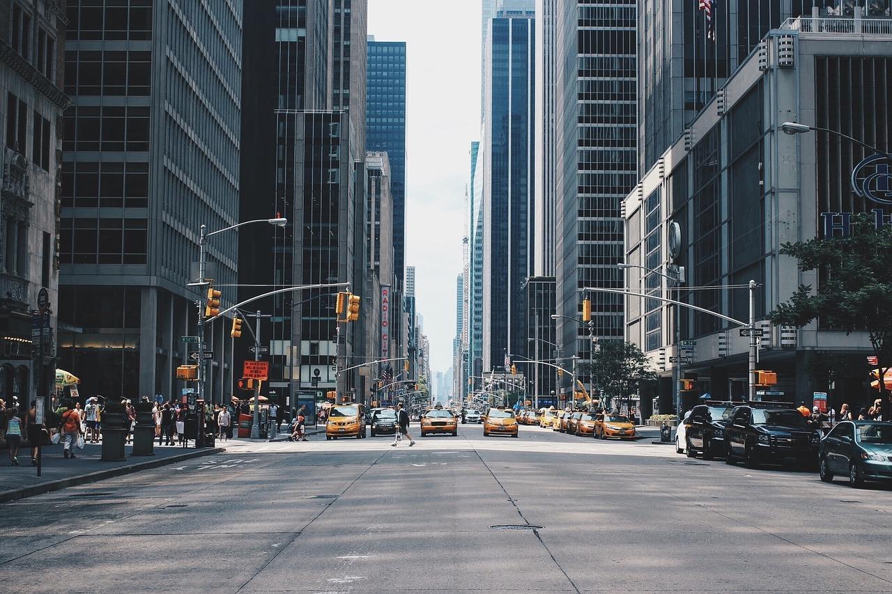 株・投信の初心者におすすめのブログ15選。長期投資に必要な知識・経験を無料で学べて便利